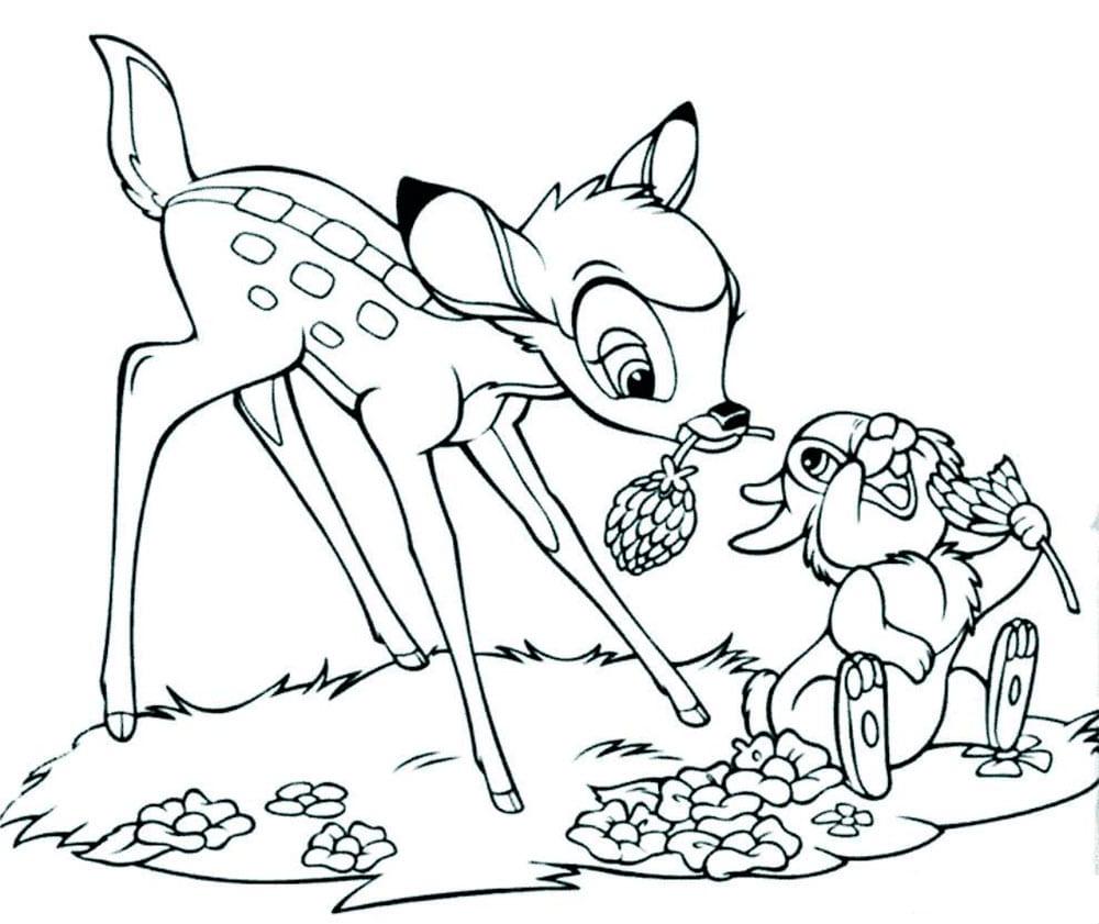 Раскраска Бэмби ест клевер с Топотуном